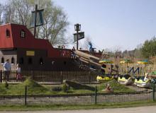 Spielplatz und Kleinkinderzug - Tagesfahrt Tier-, Freizeit und Saurierpark Germendorf