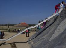 Badestrand mit Spielplatz - Tagesfahrt Tier-, Freizeit und Saurierpark Germendorf